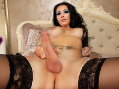 AlesiaCaridiTS - shemale with black hair webcam at ImLive