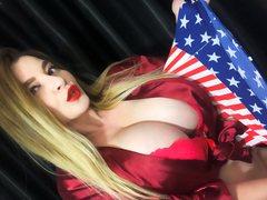 AmericanPie1 - blond female with  big tits webcam at ImLive