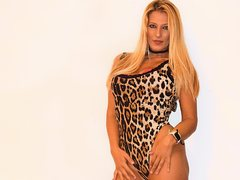 BlondeAngel33 - blond female with  big tits webcam at ImLive