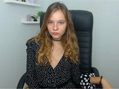 BrianaDaisy from LiveJasmin