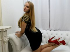 CollinSole - blond female webcam at ImLive