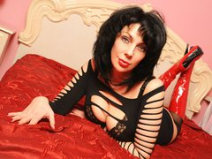 DaisyBloom - female with black hair and  big tits webcam at ImLive