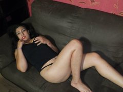 EmillyB - female with black hair and  small tits webcam at LiveJasmin