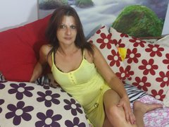 ExtasyMature - female with brown hair and  big tits webcam at ImLive
