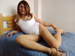 gatosex69 - shemale with brown hair and  small tits webcam at ImLive