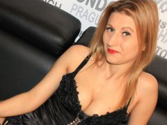 HotMilf - blond female with  small tits webcam at ImLive