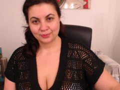 SweetPenellope - female with brown hair and  big tits webcam at LiveJasmin