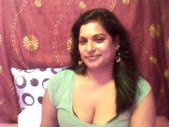 INDIANFLIRT - female with black hair webcam at ImLive