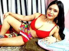 indianburfee1 - female with black hair and  small tits webcam at ImLive