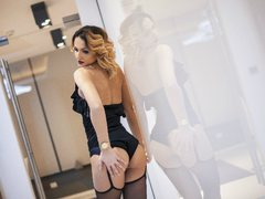 JessieBlonde - blond female webcam at ImLive