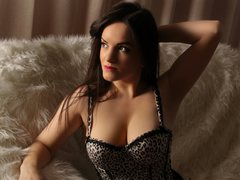 KarisaLovely - female with brown hair and  big tits webcam at LiveJasmin