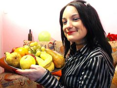 LadyLisaUnique - female with black hair and  big tits webcam at xLoveCam