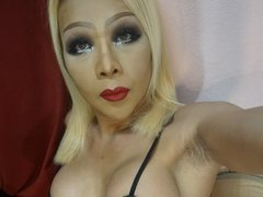 liza69fucker - blond shemale with  small tits webcam at ImLive