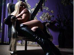 mistresskennya - female with black hair and  big tits webcam at LiveJasmin