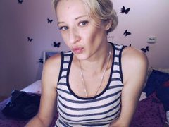 MonAmourXX - blond female webcam at ImLive