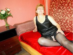 LuvWins - blond female with  big tits webcam at xLoveCam