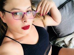 ninnalatin - blond shemale webcam at ImLive