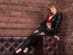 RedheadLady - female with brown hair webcam at xLoveCam
