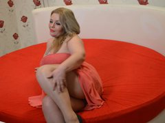 MilffMelisa - blond female with  big tits webcam at LiveJasmin