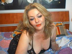 MilffMelisa - blond female with  big tits webcam at LiveJasmin