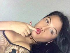 sensualvrazka21 - shemale with black hair webcam at ImLive
