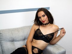 SophieDoll_TS - shemale with brown hair webcam at ImLive
