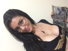 WONDERWOMAN36DD - female with brown hair and  big tits webcam at ImLive
