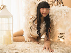 AdachaZhou - female with black hair and  big tits webcam at LiveJasmin