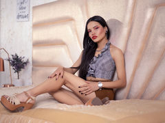 AdeleRousse - female with brown hair webcam at LiveJasmin
