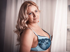 AlexaUShine - blond female with  big tits webcam at LiveJasmin