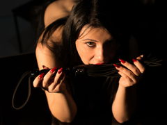 AlissiaChase - female with black hair webcam at LiveJasmin