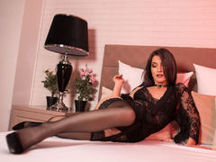 AlmaRare - blond female webcam at LiveJasmin