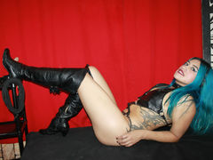 AmandaDirty - female with black hair webcam at LiveJasmin