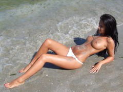 amelyaOO - female with brown hair and  big tits webcam at LiveJasmin