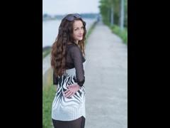 amyjolie - female with black hair webcam at LiveJasmin