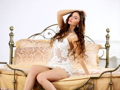 AngelOfSky - female with brown hair webcam at LiveJasmin