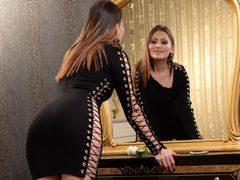 AnomimWoman - female with brown hair webcam at LiveJasmin