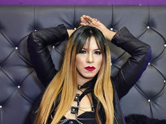 AntonellaStephen - shemale with black hair webcam at LiveJasmin