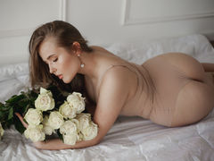 AryaCox - female with brown hair and  small tits webcam at LiveJasmin