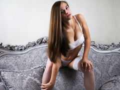 BeckiWhite - female with brown hair and  big tits webcam at LiveJasmin
