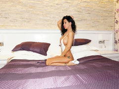 blackxxbarbie - female with black hair and  big tits webcam at LiveJasmin