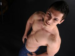 BrianSexyx - male webcam at LiveJasmin