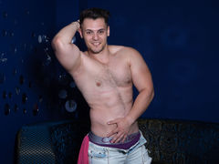 BriannSmithh - male webcam at LiveJasmin