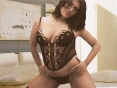 carollina1 - female with black hair webcam at LiveJasmin