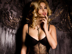 Charmingbaby - blond female with  big tits webcam at LiveJasmin