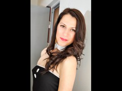 Chlloex - female with brown hair webcam at LiveJasmin