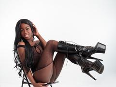 Chocolandrahot - shemale with black hair webcam at LiveJasmin