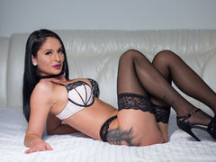 CindyCin - female with black hair webcam at LiveJasmin