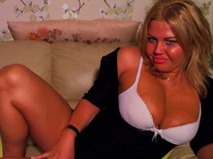 COME2MOM - blond female with  big tits webcam at LiveJasmin