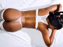 coracitasexy1 - female with brown hair webcam at LiveJasmin